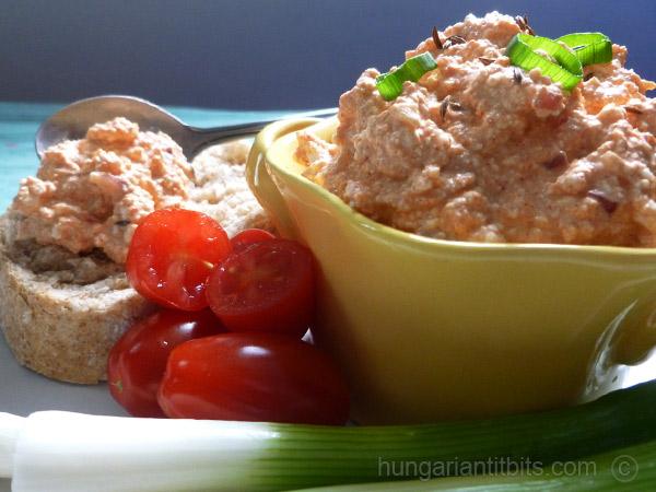 hungarian-paprika-curd-cheese-dip-korozott